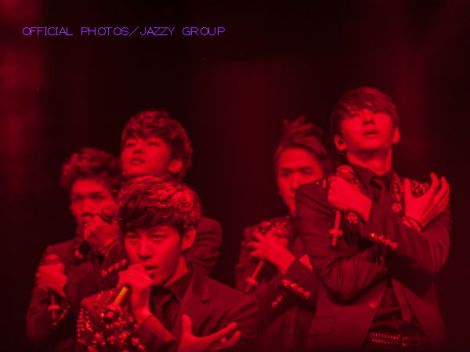 vixx-jazzy-us-02