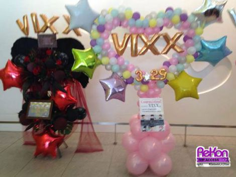 Some balloon stands for VIXX. The one on the left was co-donated by Coffee Latte, Leo's fanbase from Indonesia.