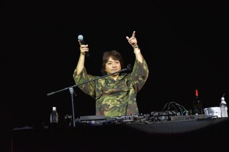 DJ-INA